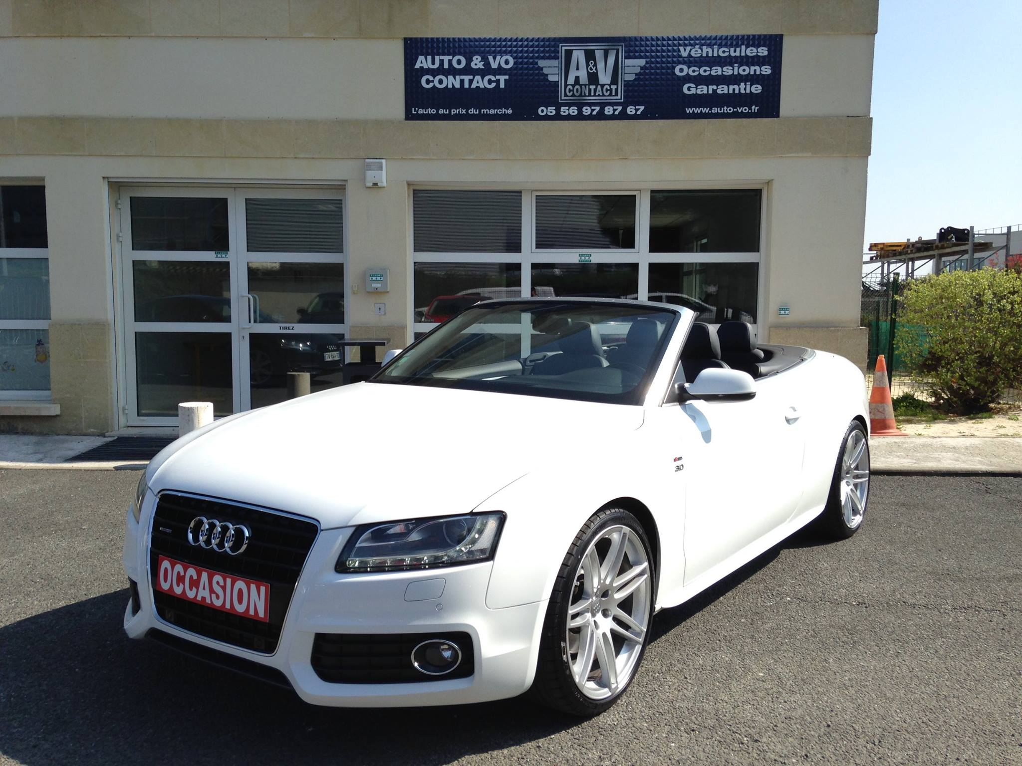 audi a5 cabriolet 3 0 v6 tdi 240 quattro s line s tronic du 77 000 kms vendu. Black Bedroom Furniture Sets. Home Design Ideas