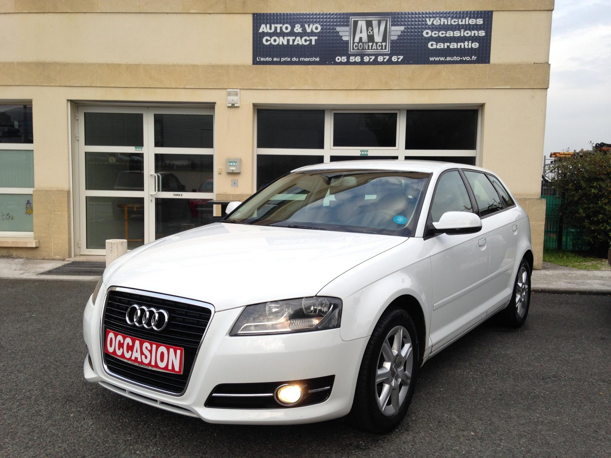 audi a3 sportback 1 6 tdi 105 ambition s tronic de juin 2011 91 150 kms vendu sarl auto. Black Bedroom Furniture Sets. Home Design Ideas