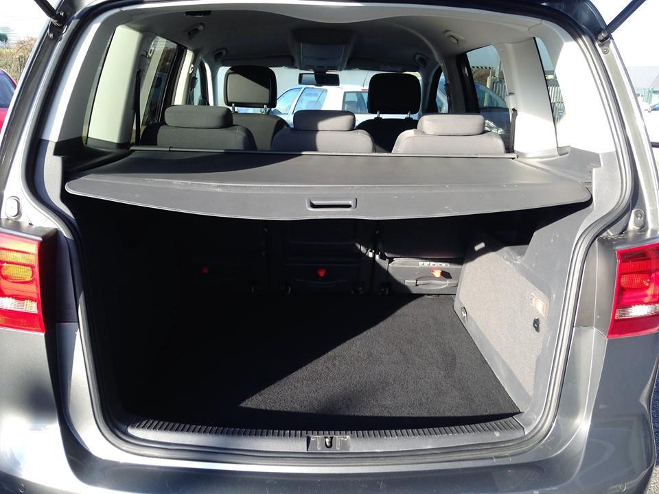 volkswagen touran 1 6 tdi 105 confortline business dsg7 du. Black Bedroom Furniture Sets. Home Design Ideas