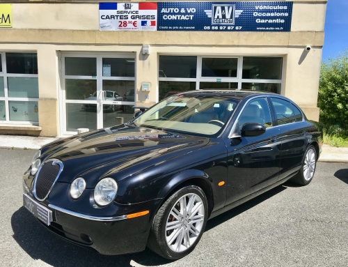 JAGUAR S-TYPE 2.7 BI-TURBO EXCELLENCE BA Du 14.03.2006 – 141 150KMS – 7 690€