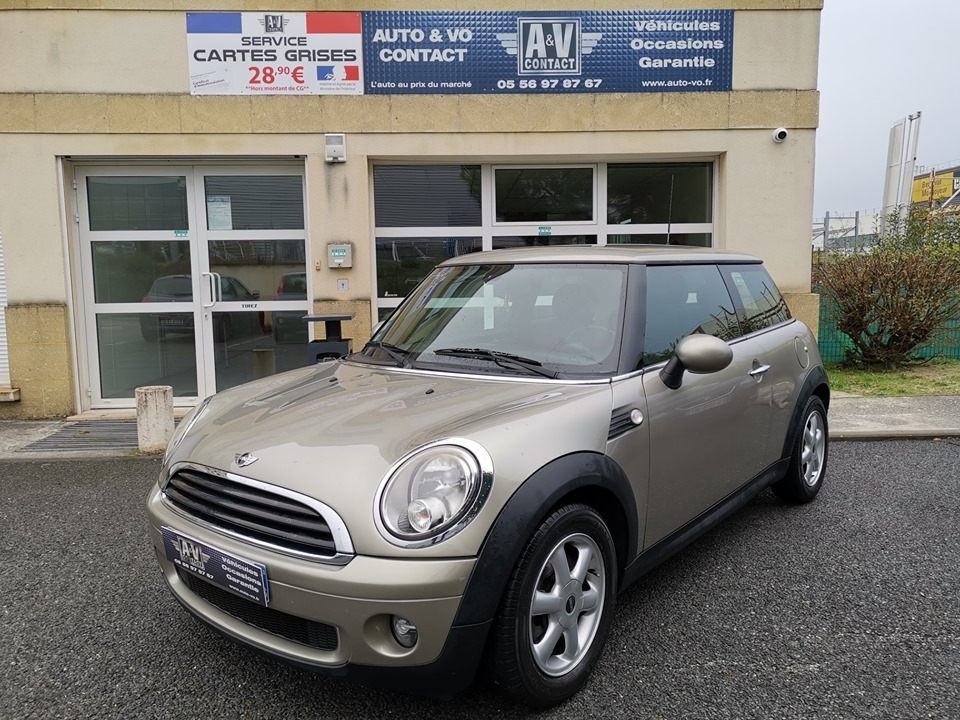MINI R56 3P EDITION ONE 1.4i 95 CH BVM6 Du 05.01.2009 – 103 400 KMS – 6 490 €