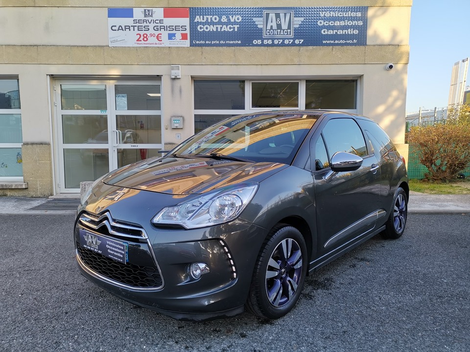 DS DS3 SO' CHIC OPERA BLUE e-HDI 92CH BVM5 Du 02.12.2013 – 107 100 kms – 8 990 €